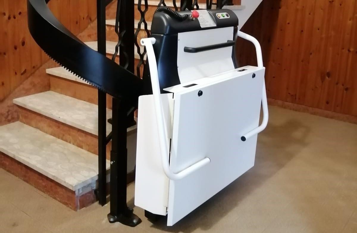 Fabocdue - Montascale a piattaforma per disabili